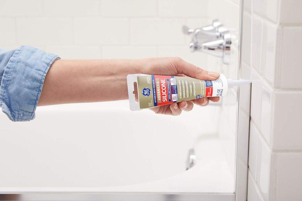 GE GE286 Silicone 2+ Kitchen & Bath Sealant Caulk Squeeze Tube, 2.8oz, Almond