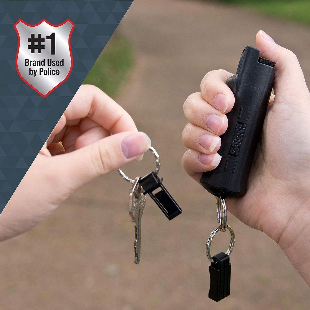 SABRE Advanced Pepper Spray Keychain with Quick Release – 3-in-1 Pepper Spray, CS Tear Gas & UV Dye – Maximum Strength Police OC Spray, Finger Grip for Better Aim – Optional Practice Spray