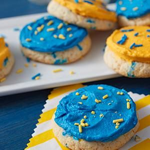 Wilton, icing colors, tinted frosting, confetti cake batter cookies, game on, sprinkles